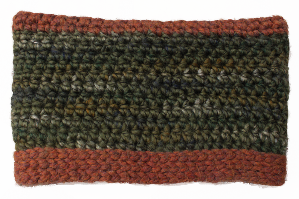 Men's Reversible Chunky Cowl – A Free Crochet Pattern