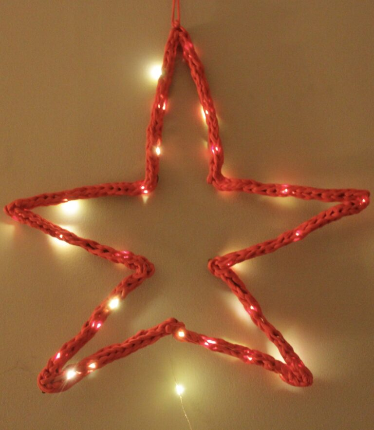 Giant Light Up Crochet Star – a Fun and Bright Free Pattern