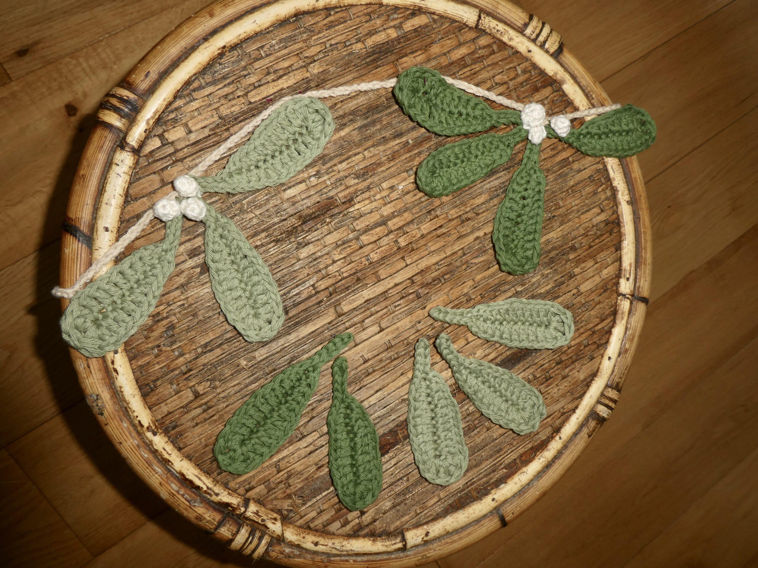 Beautiful Christmas Crochet Mistletoe Garland